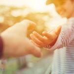 Unser Hände – ein Wunder, das Pflege verdient